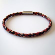 "Round braided leather bracelets, ""checkerboard"" collection"