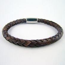 "Round braided leather bracelets, ""Adventurer"" collection"